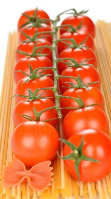 Eat Tomatoes for a Healthy Heart!
